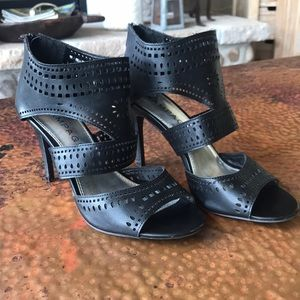 Rampage Black Heels. Beautiful detail. Size 7.5.